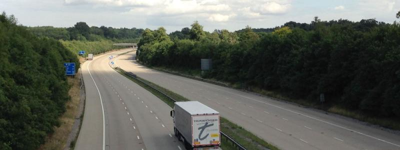 A lorry approaches the back of the queue. The entire M20 is closed here in preparation for Phase 3, but at this time the Londonbound carriageway was still empty. Click to enlarge