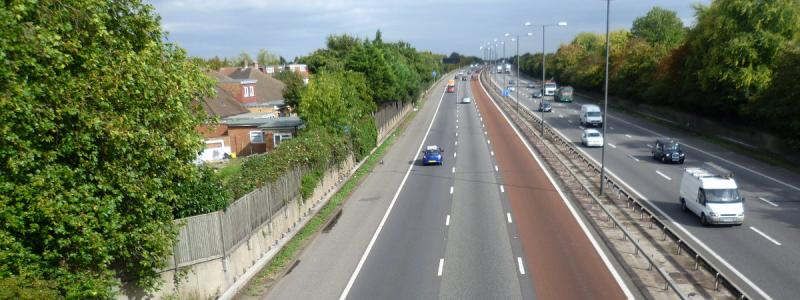 The M4 between Boston Manor and Heston, raised on a slight (and difficult to see) embankment of Hyde Park earth. Click to enlarge