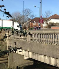 Elegant balustrades where Bridgewater Road crosses the Brent. Click to enlarge