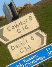 The C14 appears on a road sign