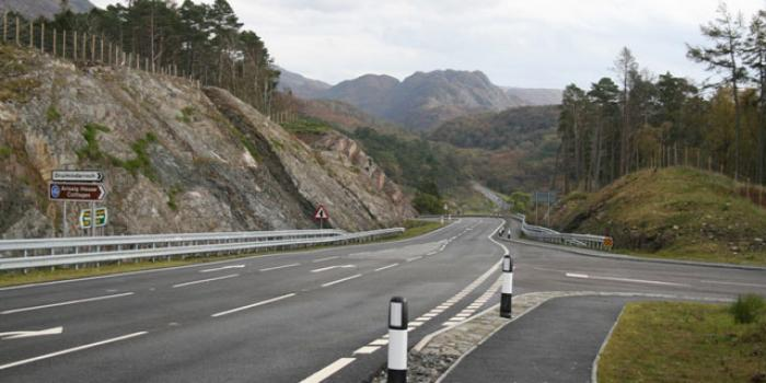 The new A830, replacing Telford's road near Druimindarroch. Click to enlarge
