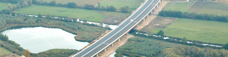 The Great Ouse Viaduct carrying the new A14 Huntingdon Southern Bypass. Will it ever carry a motorway? Click to enlarge