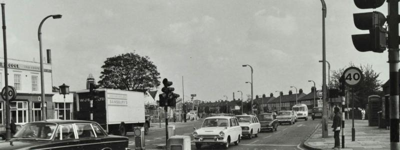 The North Circular at Green Lanes, Palmer's Green, 1970. Upgrading this to something like an eight-lane motorway would be a huge problem. Click to enlarge