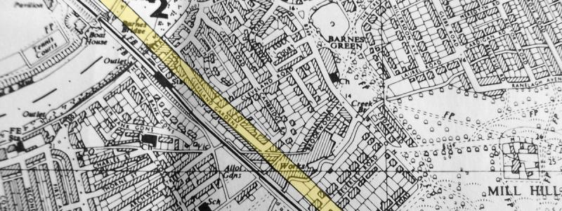 A July 1969 GLC plan, taken from a route study, showing the safeguarded (but secret) line of Ringway 2 through Barnes, highlighted in yellow for clarity. Click to enlarge